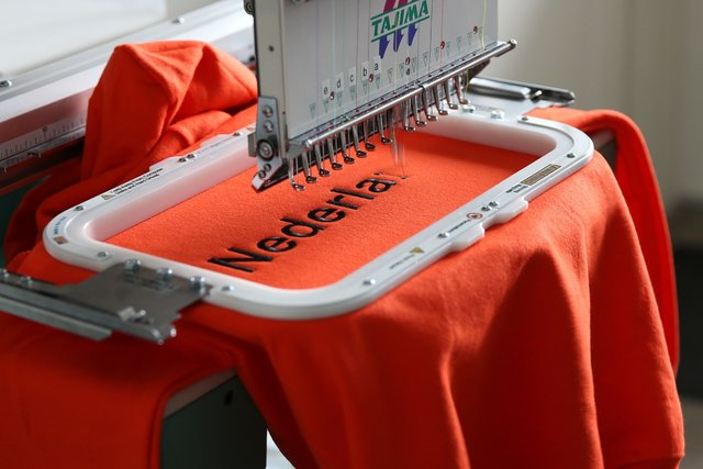 best computerized embroidery machines, computerized embroidery machines,  computerized sewing embroidery machines,